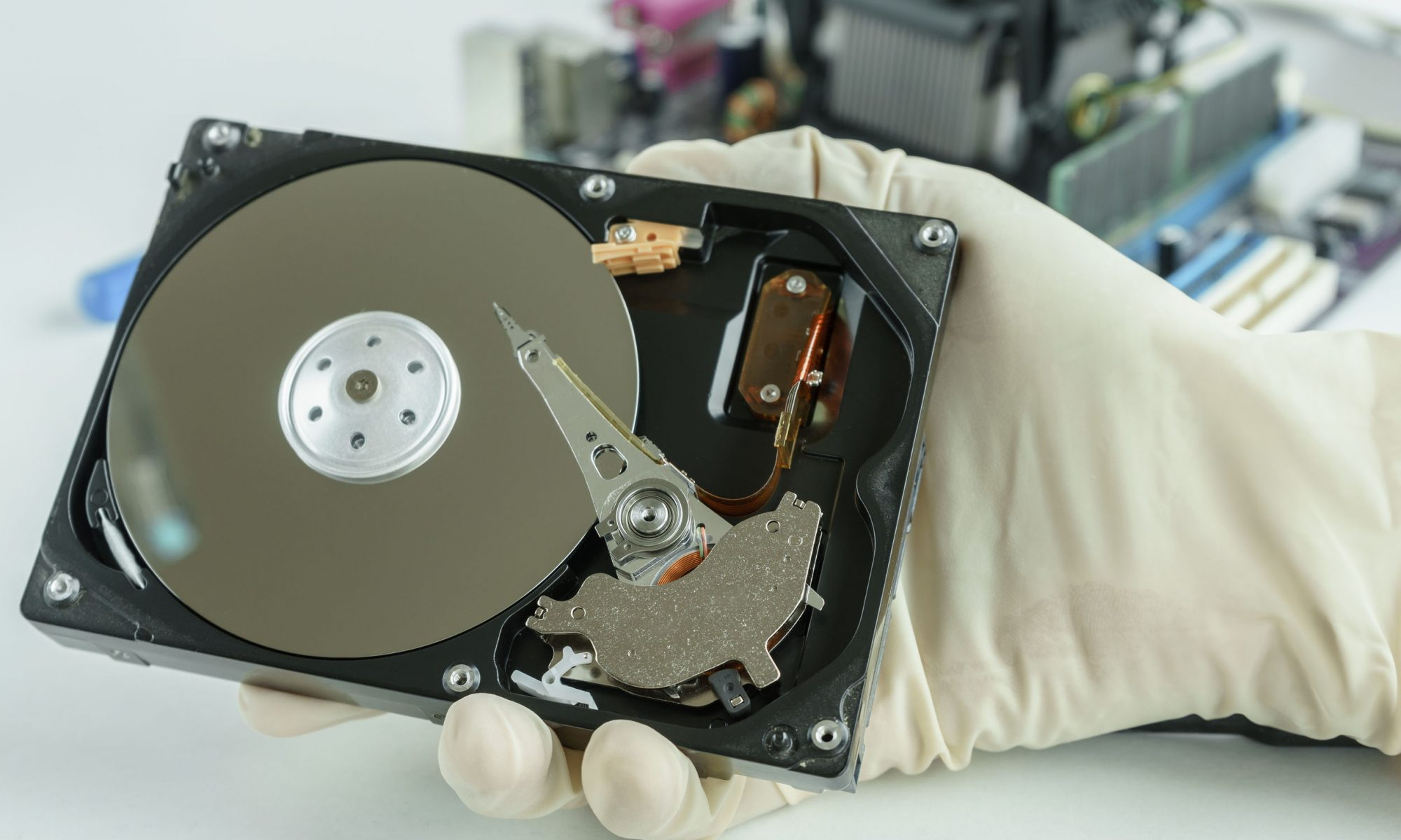 How to recover data from a broken external hard drive